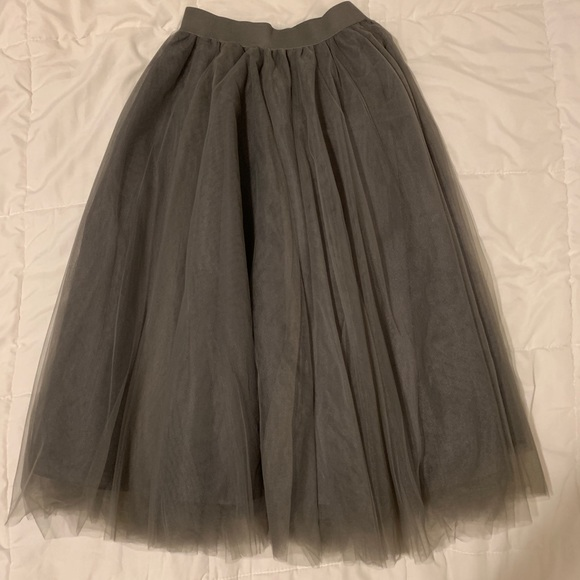Egs Dresses & Skirts - NEW Tulle Midi Skirt